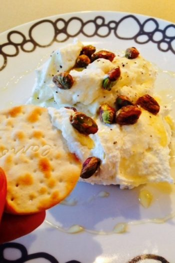 Fluffy Honey Pistachio Ricotta Dip
