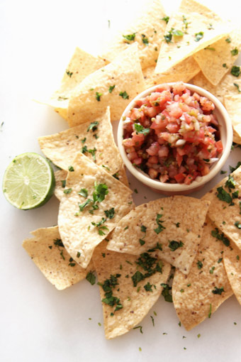 How to Make Restaurant Style Tortilla Chips in 5 Minutes
