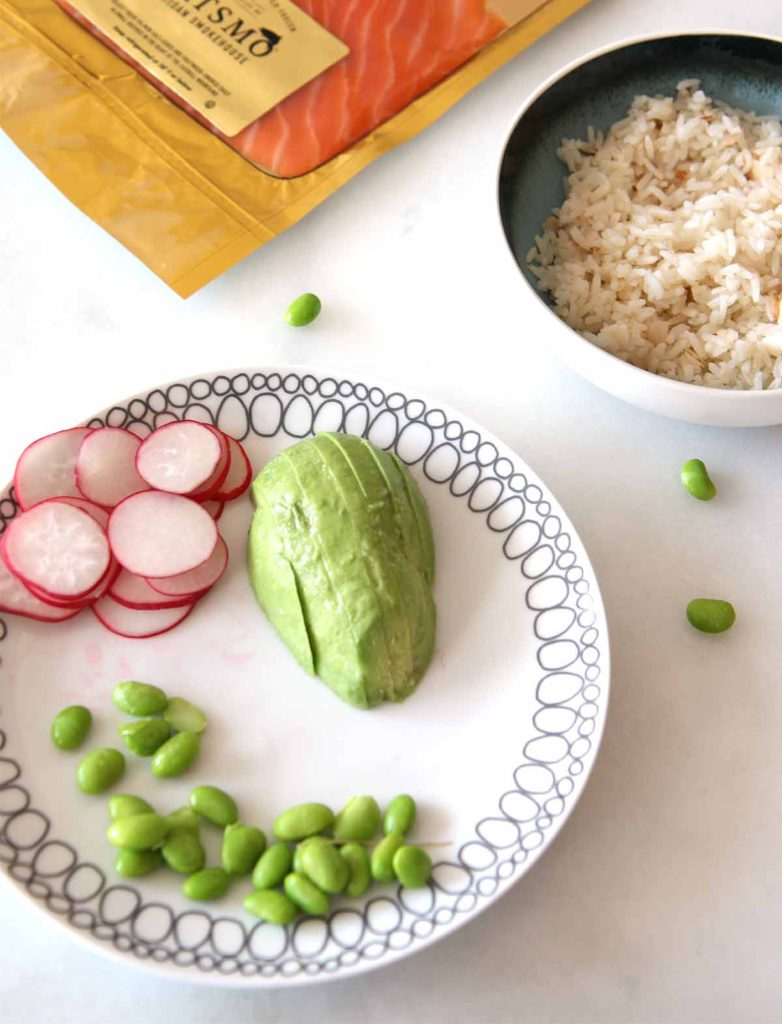 How to Avoid Avocado Hands. Easiest way to cut an avocado. www.ChopHappy.com