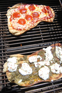 How To Grill Pizza (faster then takeout)