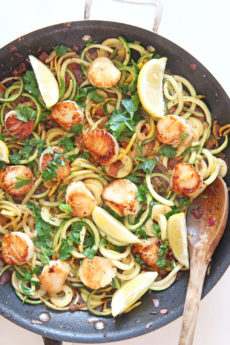 Scallop Scampi With Zoodles Recipe. Perfect one pan dinner with awesome seafood kiss. Grab scallops, garlic, lemon, vinegar, and zoodles. Perfect dinner fun for weeknight easy ideas. www.ChopHapy.com #scallops #scampirecipe