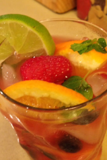 Happy Water – Fruit Flavored Water