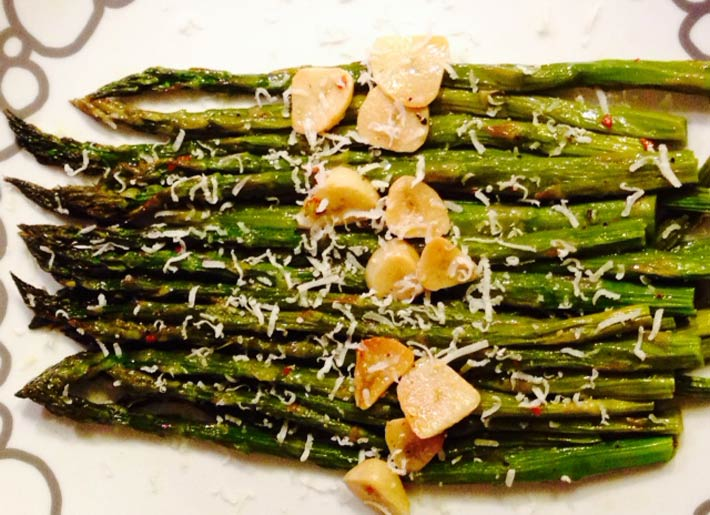 Roasted Garlicky Asparagus