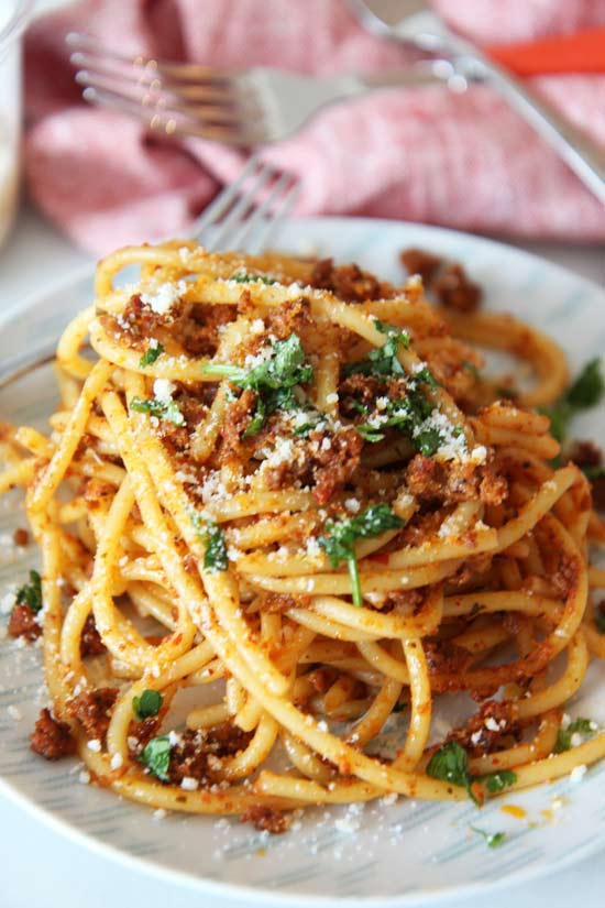 5 Ingredient Chorizo Carbonara Pasta Recipe. This is a quick weeknight meal or date night #pastadinner. Happy Cooking! #carbonara #pasta #recipe