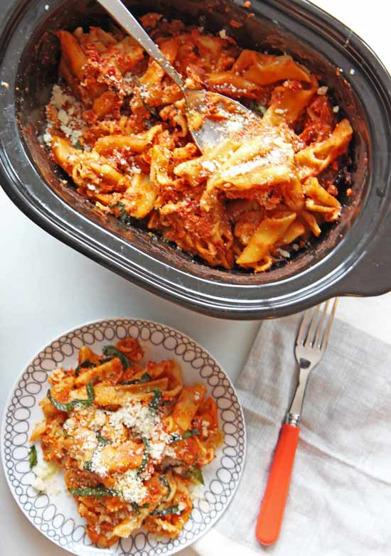 Slow Cooker Baked Ziti Recipe that is a chessy carb happy #pastadinner waiting for you. Grab #ricotta, #ziti, #mozzerella, and dinner will be so comforting. www.ChopHappy.com #chophappy #pastadinner #slowcookerrecipe #bakedziti