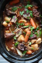 Slow Cooker Beef Bourguignon (French beef stew)
