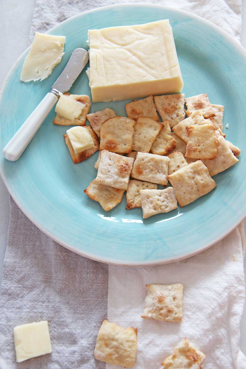 How To Make 3 Ingredient Crackers