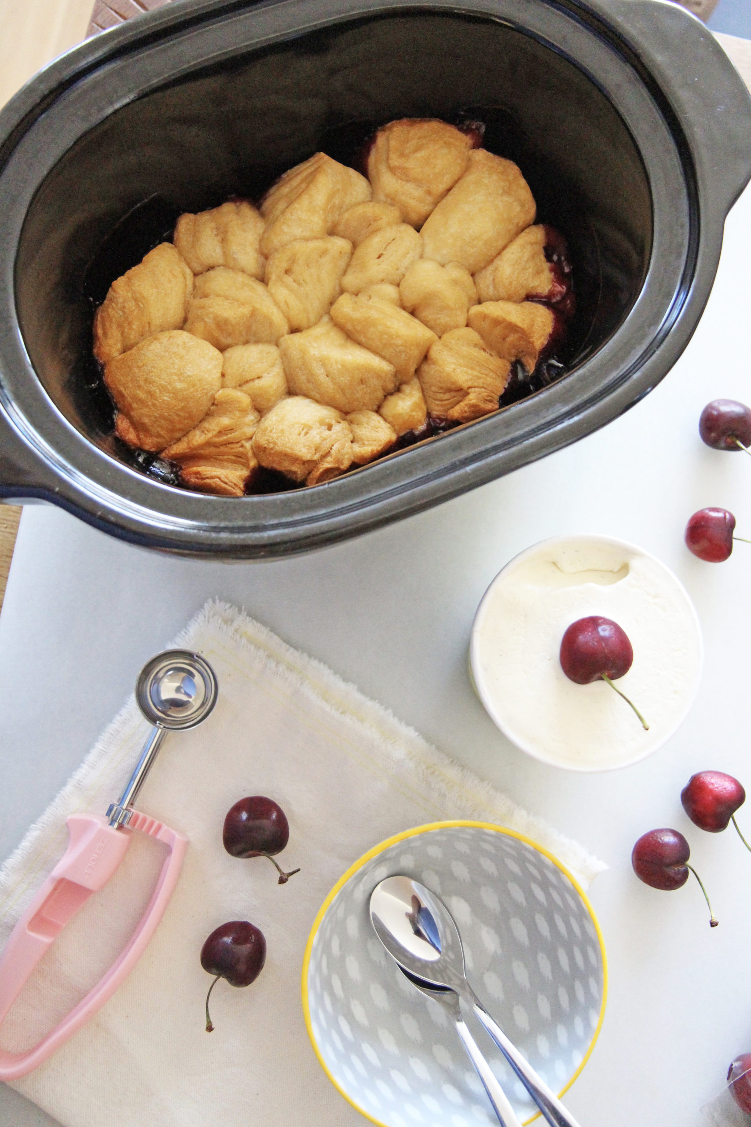 Slow Cooker Biscuit Cherry Pie Recipe. Easy dessert for non bakers. www.ChopHappy.com #cherrypie #slowcookerdessert