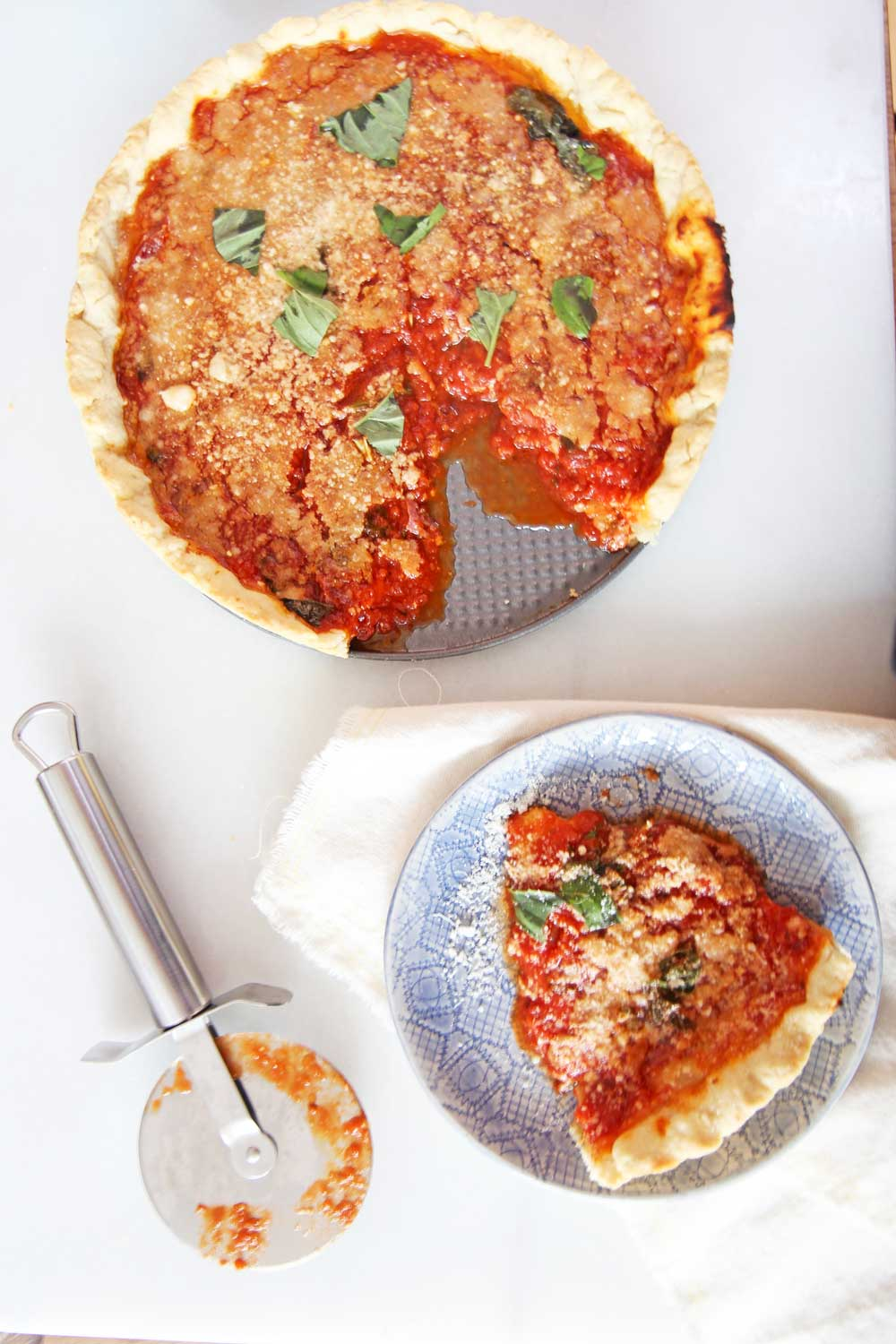 How To Make Deep Dish Pizza. The perfect deep dish pizza recipe uses pie dough as the crust, sweet marinara sauce, and lots of salami. This is an easy weeknight recipe for busy families. Happy Cooking! www.Chophappy.com #deepdishpizza #pizzarecipe