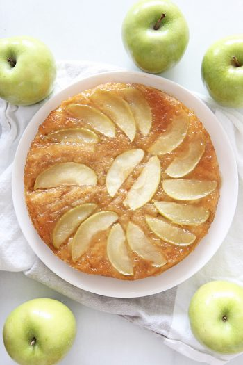 5 Ingredient Apple Honey Cake