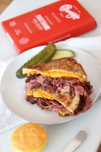 Jewish Grilled Cheese Recipe (With Iconic NYC Carnegie Deli Pastrami)