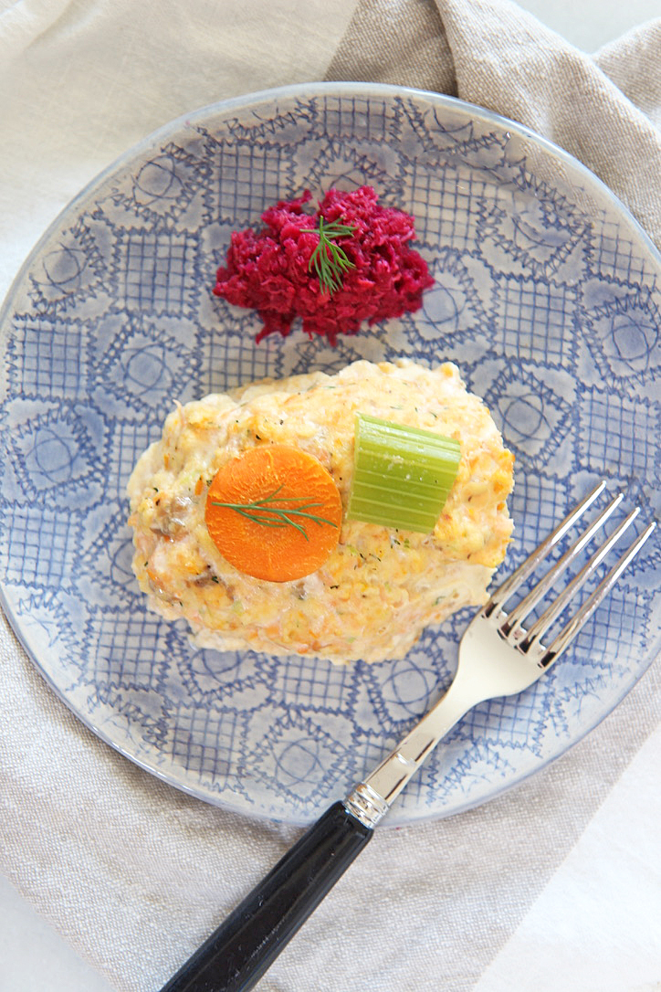 Easy Salmon Gefilte Fish Recipe. This is an easy homemadeEasy Gefilte Fish Recipe for the Jewish Holidays. I use salmon as the base and bake the fish for a nice flavor. Perfect Rosh Hashanah recipe, Yom Kippur recipe, or any Jewish Holiday recipe. Happy Cooking! www.ChopHappy.com #gefiltefish